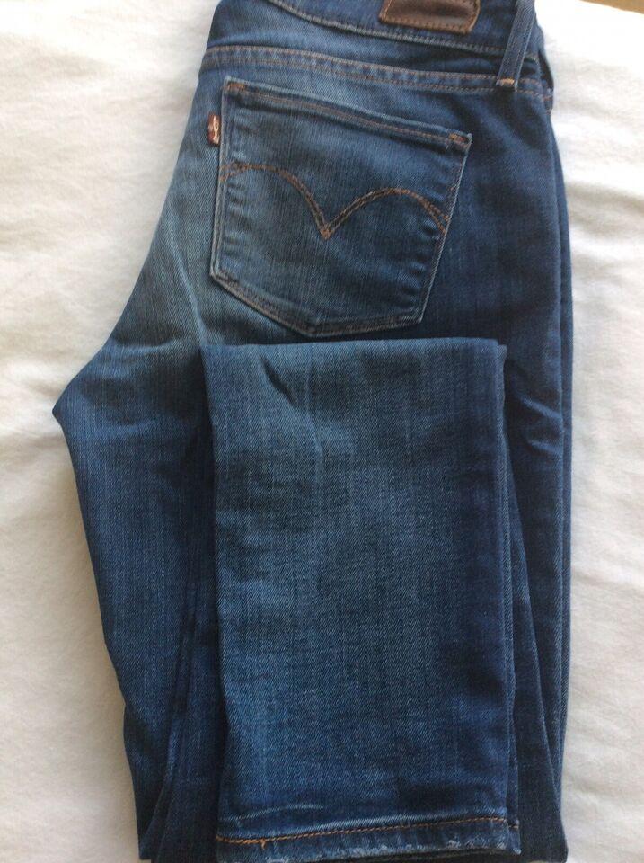 Jeans, Levis demi curve, str. 26