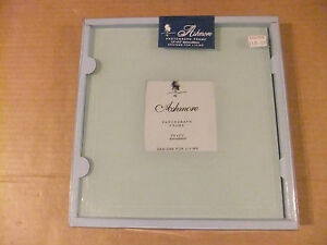 Ashmore-Glass-Photograph-frame-195mm-x-195mm-for-a-90mm-x-90mm-photo-Brand-new