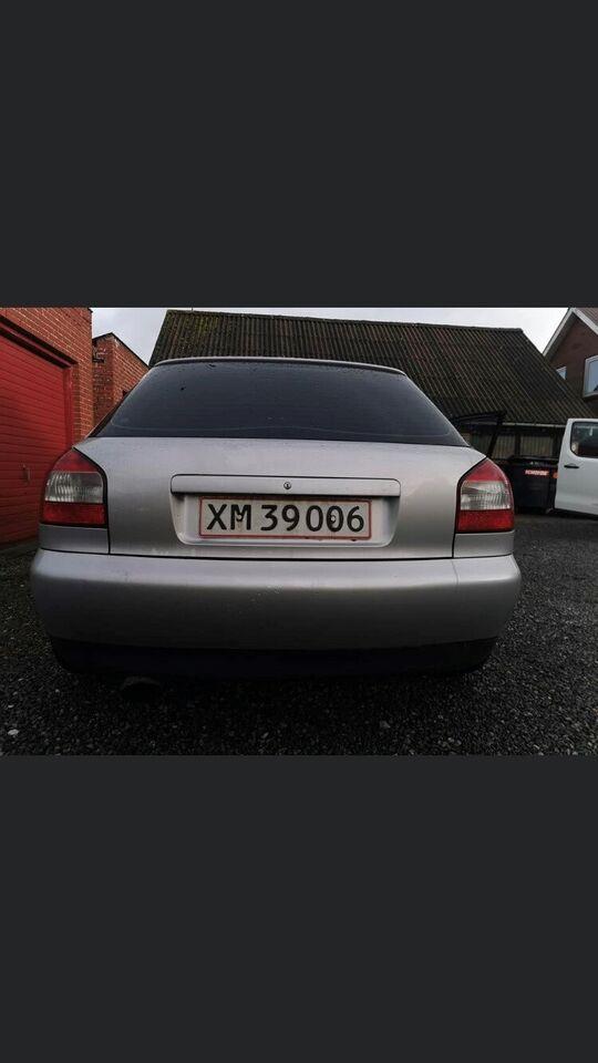 Audi A3, 1,8 T 180 Ambiente, Benzin