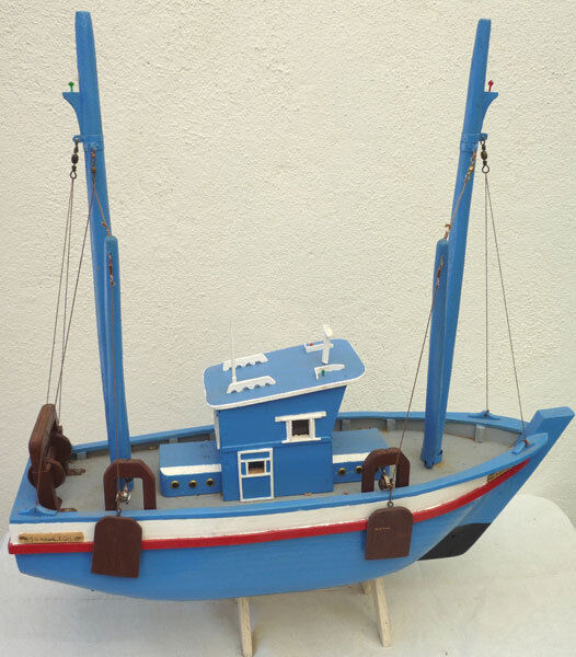 maquette de chalutier bateau de peche ebay. Black Bedroom Furniture Sets. Home Design Ideas