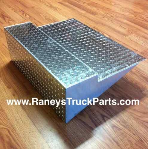 Slide in addition T Green Grill Inserts Bumper Full furthermore Ab Bb A Bb D A Ac D A Bb A Freightliner Western Star Junction Box Fuse Box Pndb also Battery Box Covers Freightliner Cascadia further . on freightliner battery box cover