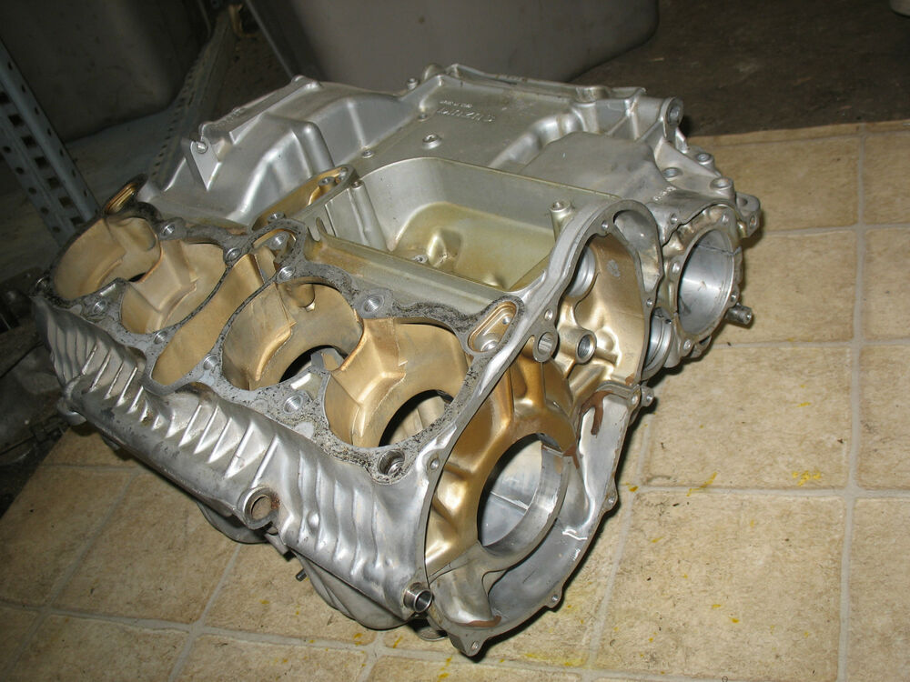 Bmw Motorcycle Parts >> 81 SUZUKI GS1000 GS 1000 ENGINE MOTOR CRANKCASE CASES | eBay