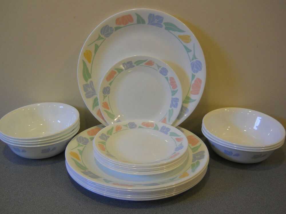 CORELLE DINNERWARE FRIENDSHIP SET OF 23 DINNER DESSERT PLATES EBay