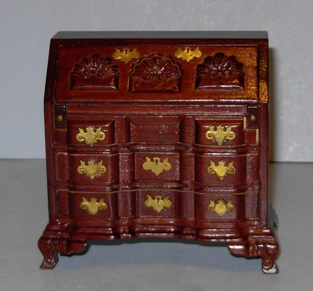 VINTAGE CONCORD MUSEUM CHIPPENDALE DESK ONLY DOLLHOUSE