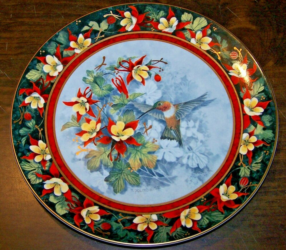 ROYAL DOULTON COLLECTOR PLATE - THE RUFOUS HUMMINGBIRD BY