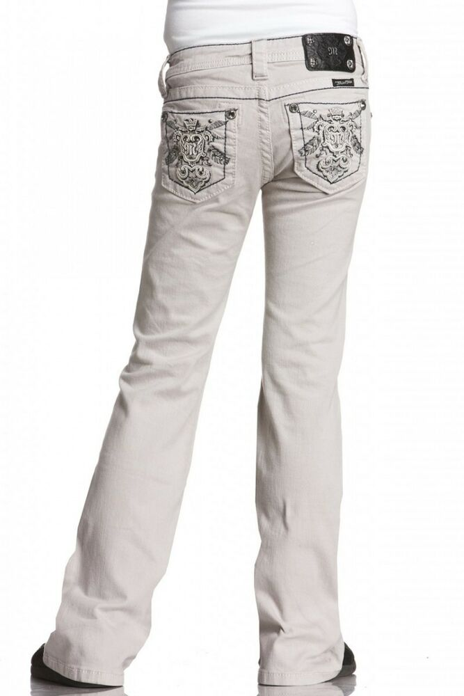 Roebuck & Co Girls Colored Skinny Jeans - Comfort and Fashion Fashion and play are BFFs when she's sporting these girl's Roebuck & Co Colored Skinny Jeans. These stretch pants keep her stylish and staying on the move with a skinny fit and soft twill fabric that feels more like her favorite leggings than a structured pair of jeans.