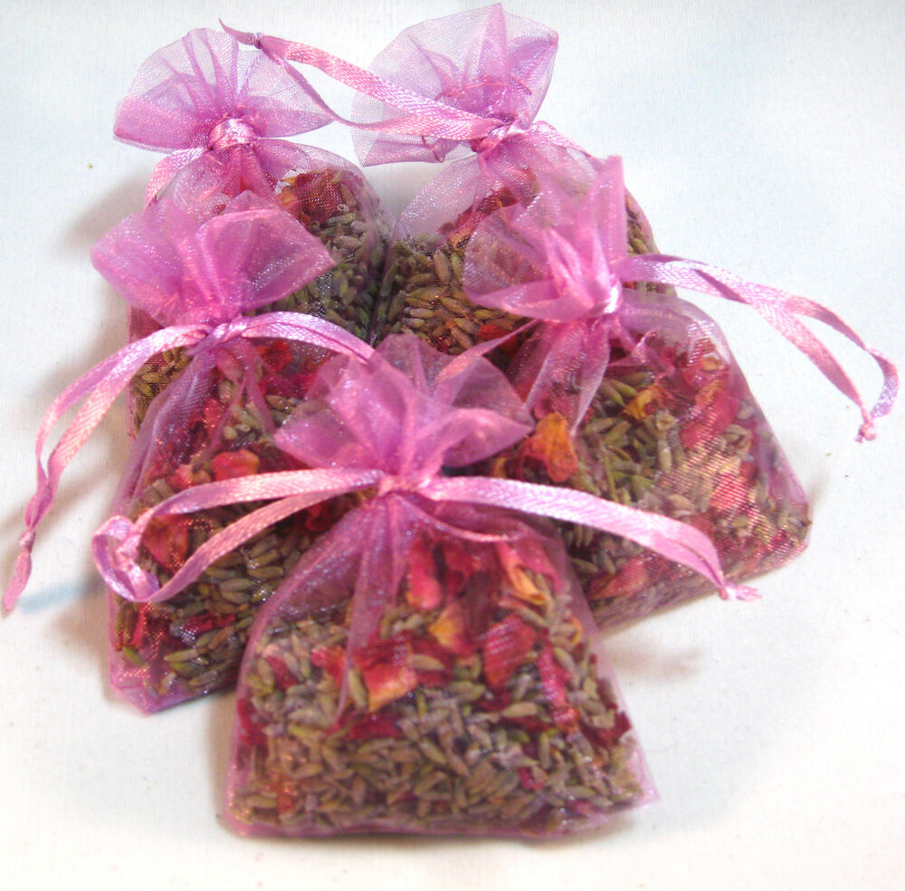 Dried lavender and rose petals flowers bags wedding or - Crafts with flower petals ...