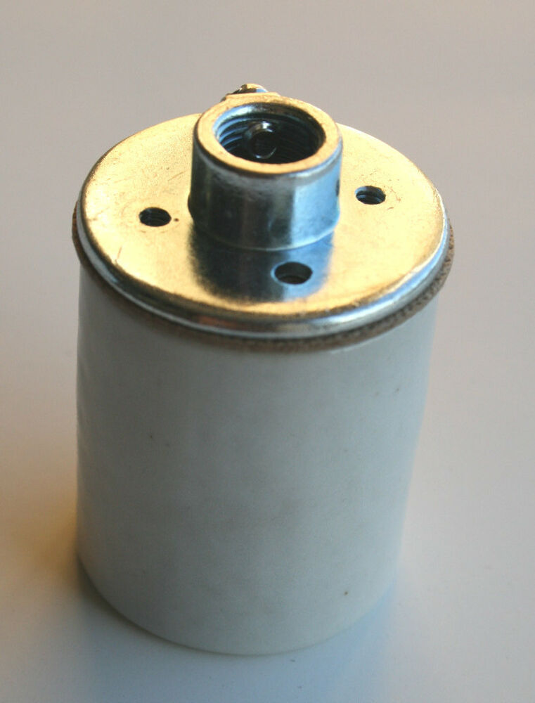 Glazed porcelain medium base socket w screw terminals