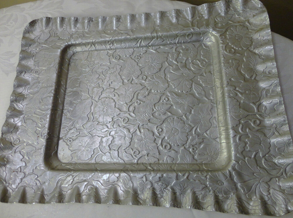 vintage aluminum trays antique vintage floral craft hammered aluminum tray 3156