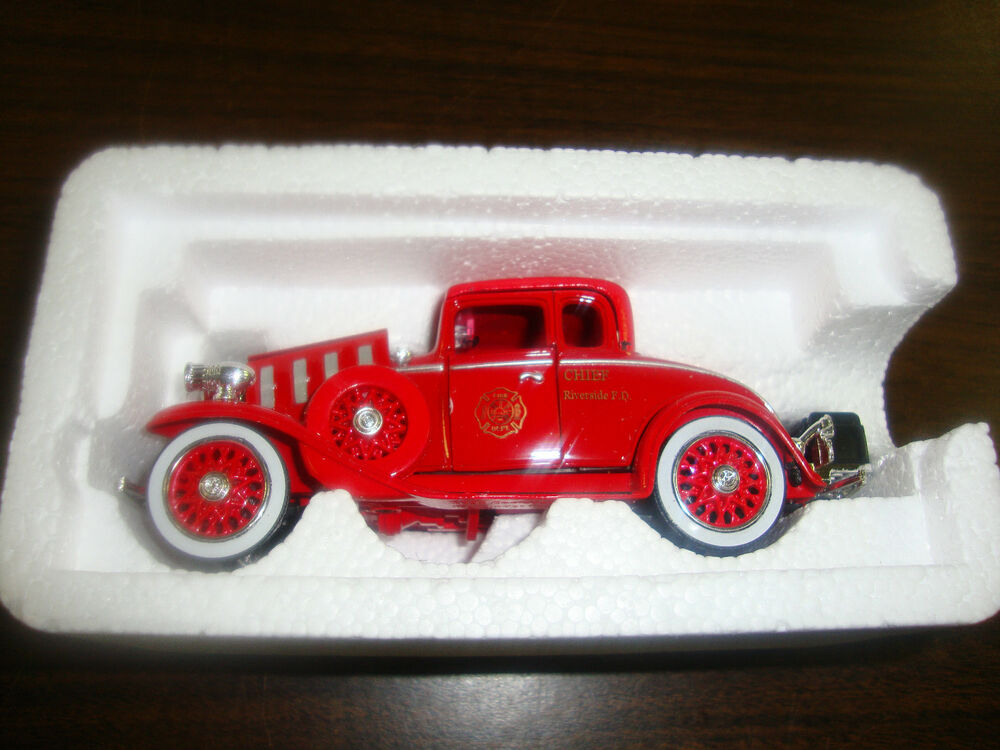 1932 chevy roadster fire chief car 1 32 scale diecast 5 1 2 long coa ebay. Black Bedroom Furniture Sets. Home Design Ideas