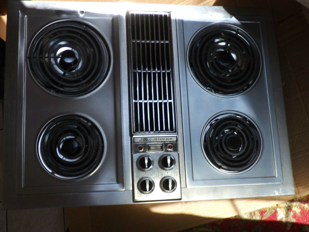 Jenn Air Electric Cooktop With Center Downdraft Model