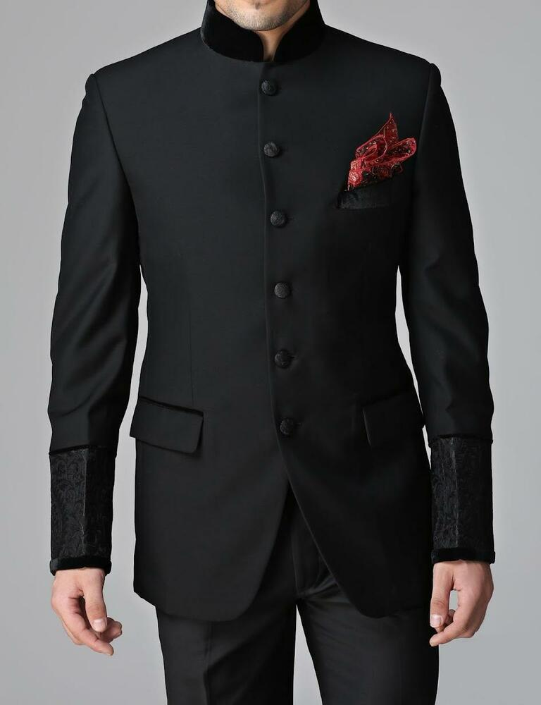 At Myntra our party wear for men's range offers you myriad choices in western, Indian and fusion clothing for every kind of party. You can go with smart suits for a formal party. Or bring out your printed shirts for an informal event.