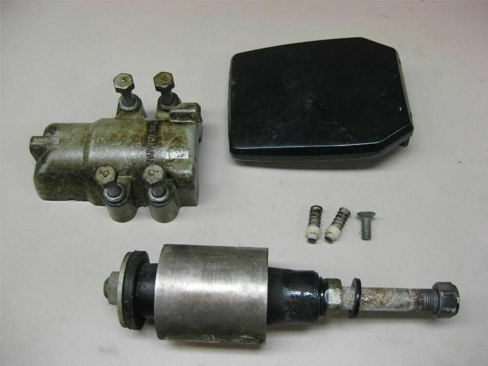 Evinrude johnson outboard 60 70 hp lower mount assembly for 70 hp evinrude outboard motor for sale