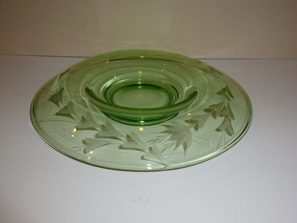 Vintage green depression glass centerpiece bowl with