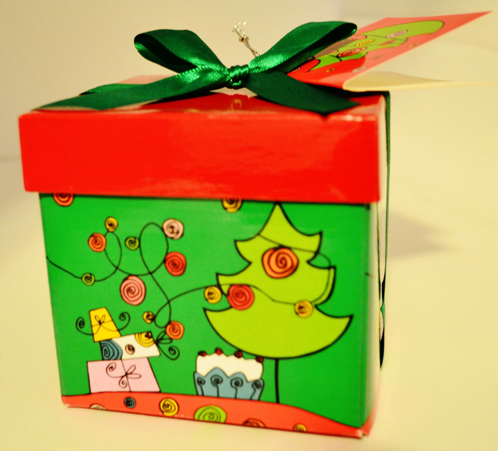 Christmas Gift Packing: CHRISTMAS HOLIDAY GIFT BOX (EXTRA SMALL) JEWELRY BOX