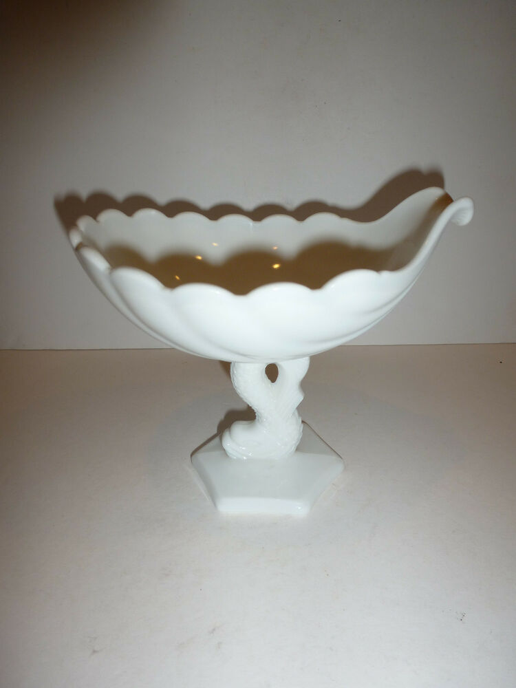Vintage Milk Glass Shell Shaped Candy Dish With Serpent