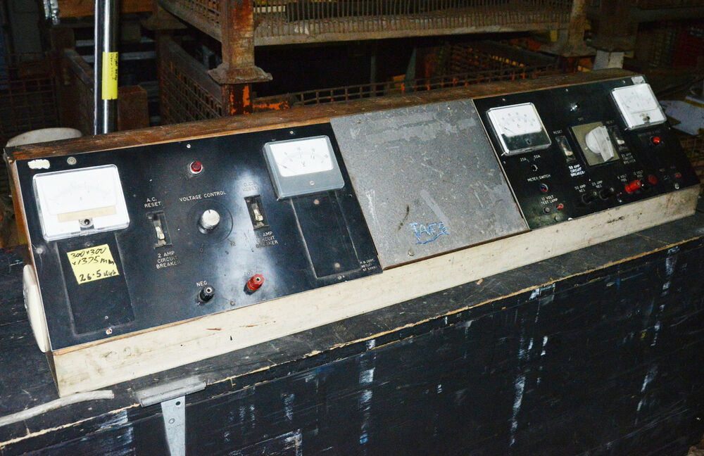 Electronics Test Bench : Ex tafe electrical electronic test bench power supply