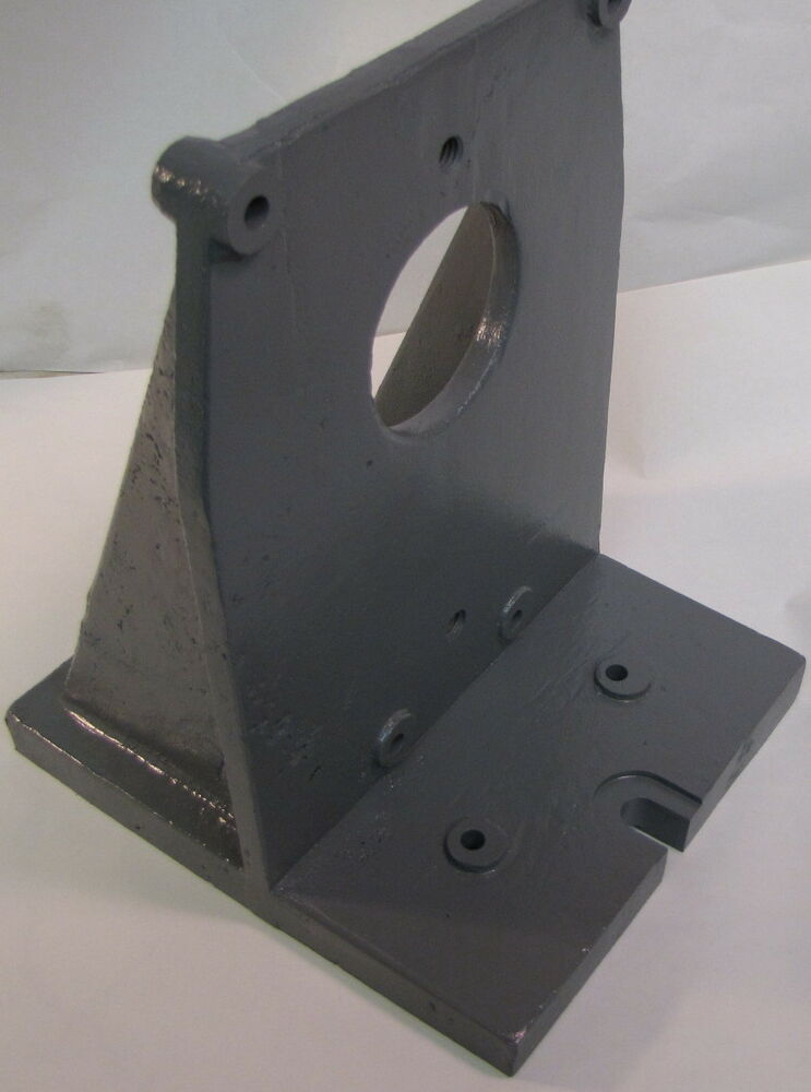Right Angle Base : Bridgeport right angle bracket for rotary table vertical