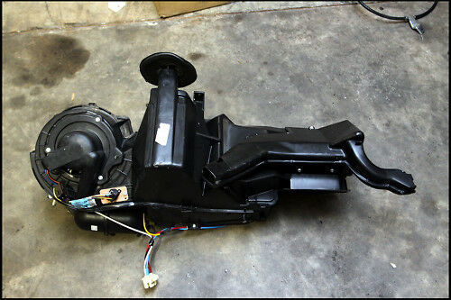 99 00 Ford Mustang A C Blower Box Heater Core Ac Air