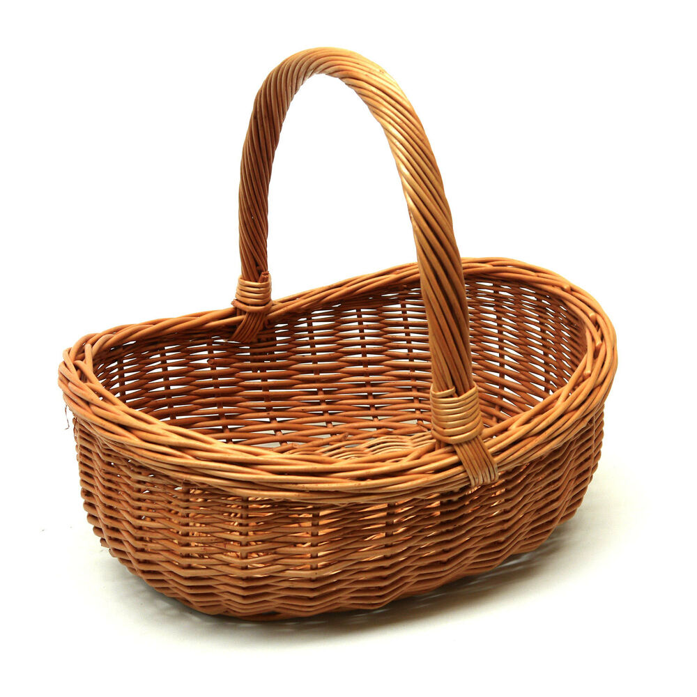 wicker basket with handle great for gift storage carry veg or shopping ebay. Black Bedroom Furniture Sets. Home Design Ideas