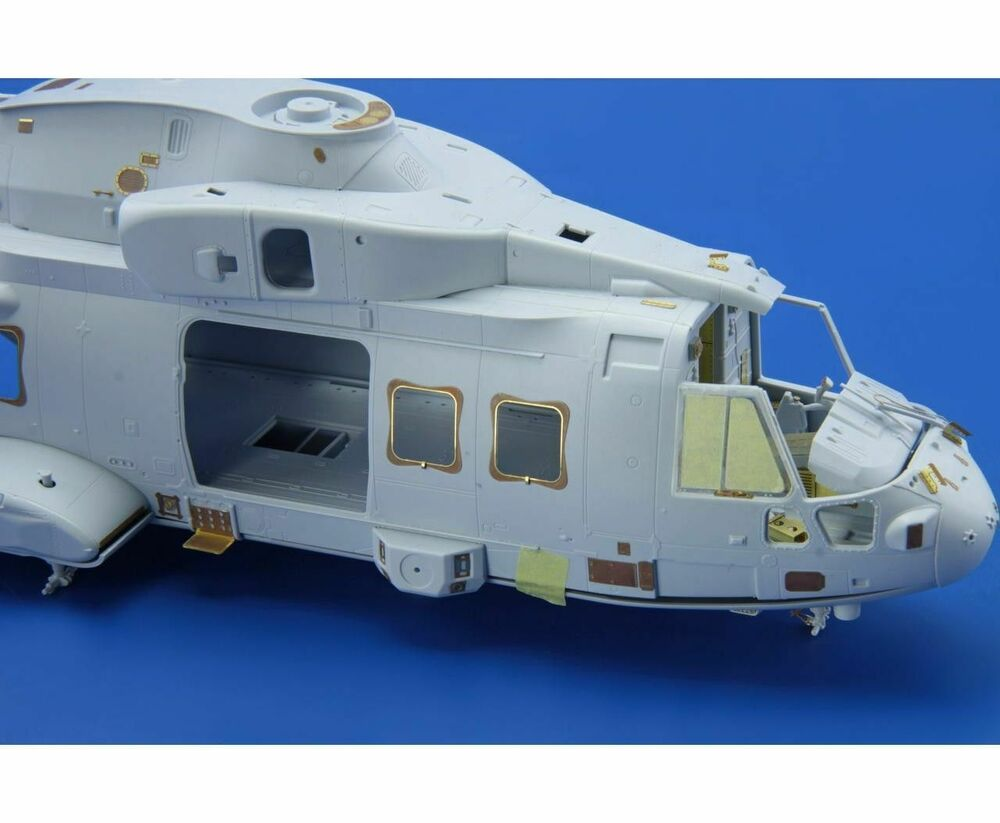 merlin helicopter with 111294678097 on British Aerospace Jetstream S 31 Specs And Description also 078 20European 20Helicopter 20Industries 20Merlin 20EH101 besides Gates Learjet 35a Specs And Descriptions in addition 160930 Hms Ocean Lands Helicopters also Avaw101.