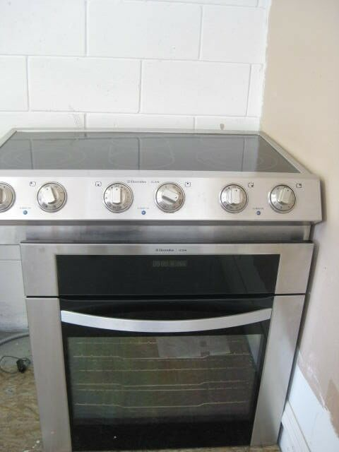 Glass Top Electric Stove ~ Electrolux electric slide in range glass top burner