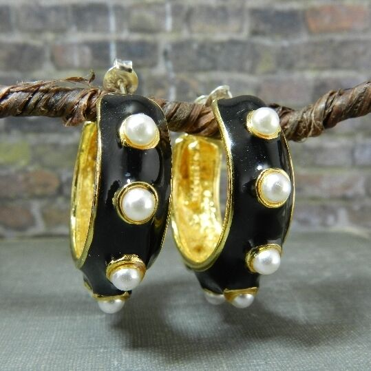 Vintage C. J. Russell Black Enamel and Faux Pearls over ...