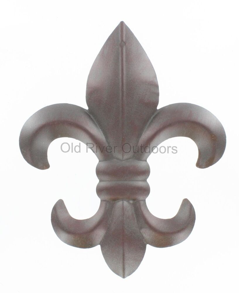 8 metal fleur de lis wall plaque art with hanger