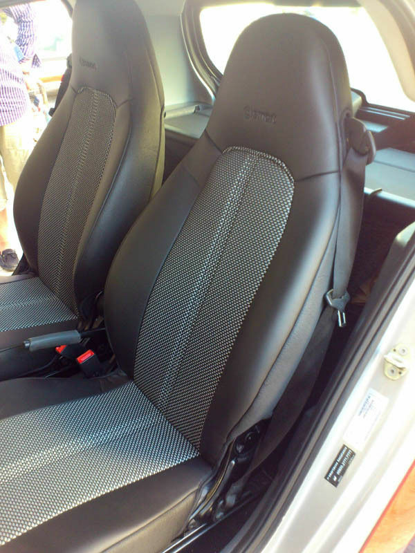 smart fortwo 1998 2007 leatherette n two tone synthetic fishnet car seat covers ebay. Black Bedroom Furniture Sets. Home Design Ideas