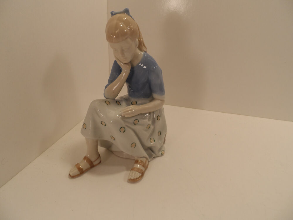 Girl Sitting On Rock By Andrea Sadek Large Figurine 8 3 4 Inches Tall Ebay