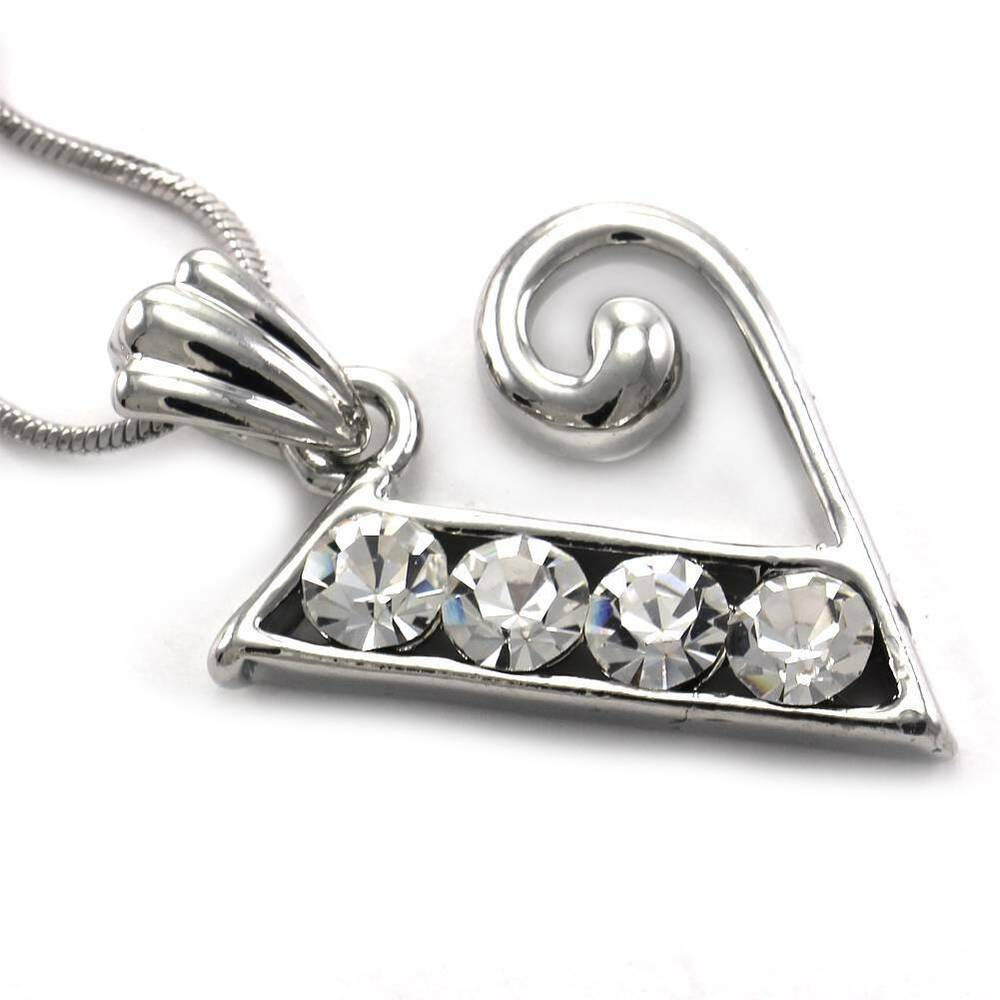 Alphabet Jewelry: Alphabet Initial Letter V Pendant Necklace Charm Silver Tone Teen Ladies Jewelry