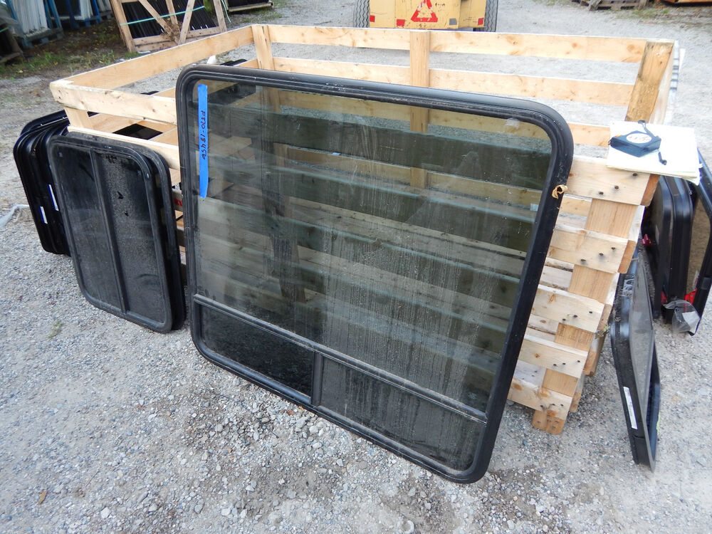 Rv Trailer Window 44 Quot X40 Quot No Trim Ring With Screen