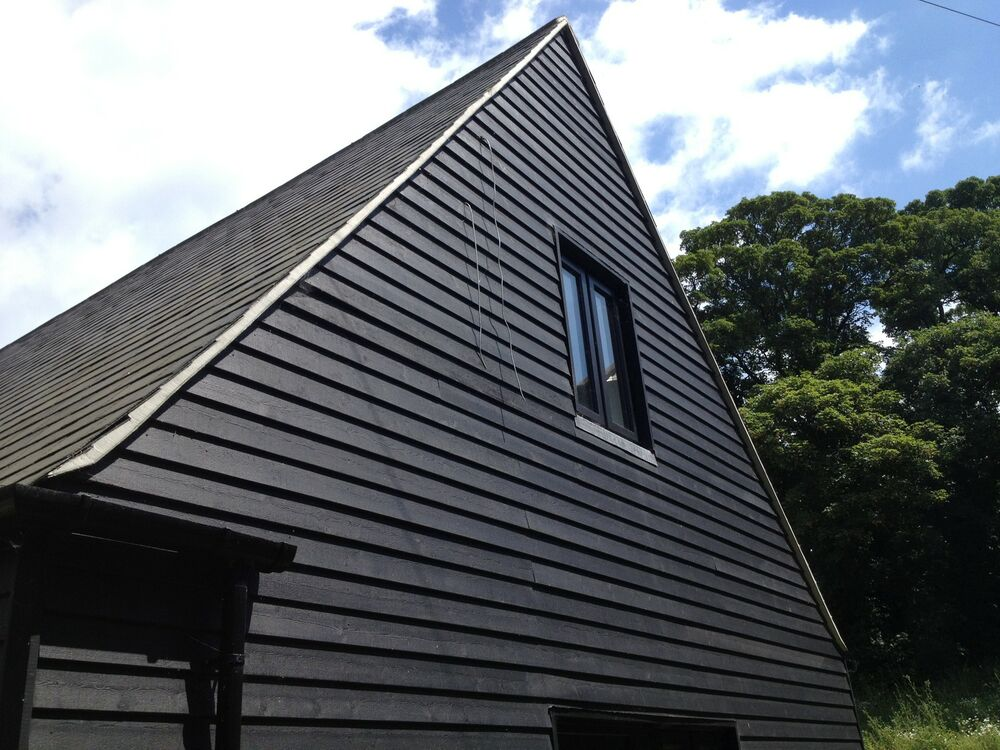 Barn paint woodtech barnjacket black opaque high - Exterior wood paint black ...