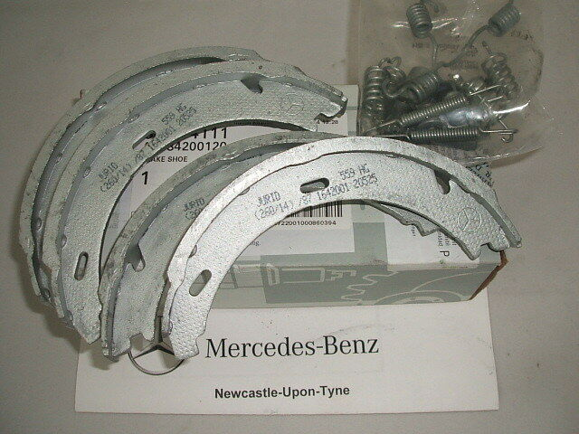 genuine mercedes benz w203 c class rear handbrake shoes. Black Bedroom Furniture Sets. Home Design Ideas
