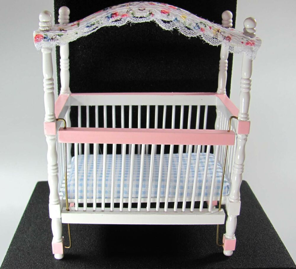 1 12 miniatur baby himmelbett wei rosa neu ebay. Black Bedroom Furniture Sets. Home Design Ideas