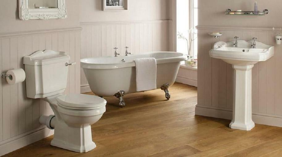 Traditional victorian edwardian style bathroom suite roll for Best bathrooms uk burnley