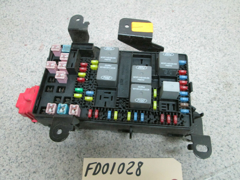 06 Ford F250 F350 Super Duty Dash Fuse Box Power