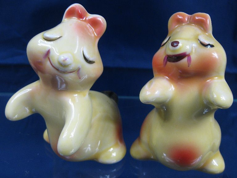 Vintage salt pepper shaker bunny hug van tellingen ebay - Salt and pepper hug ...