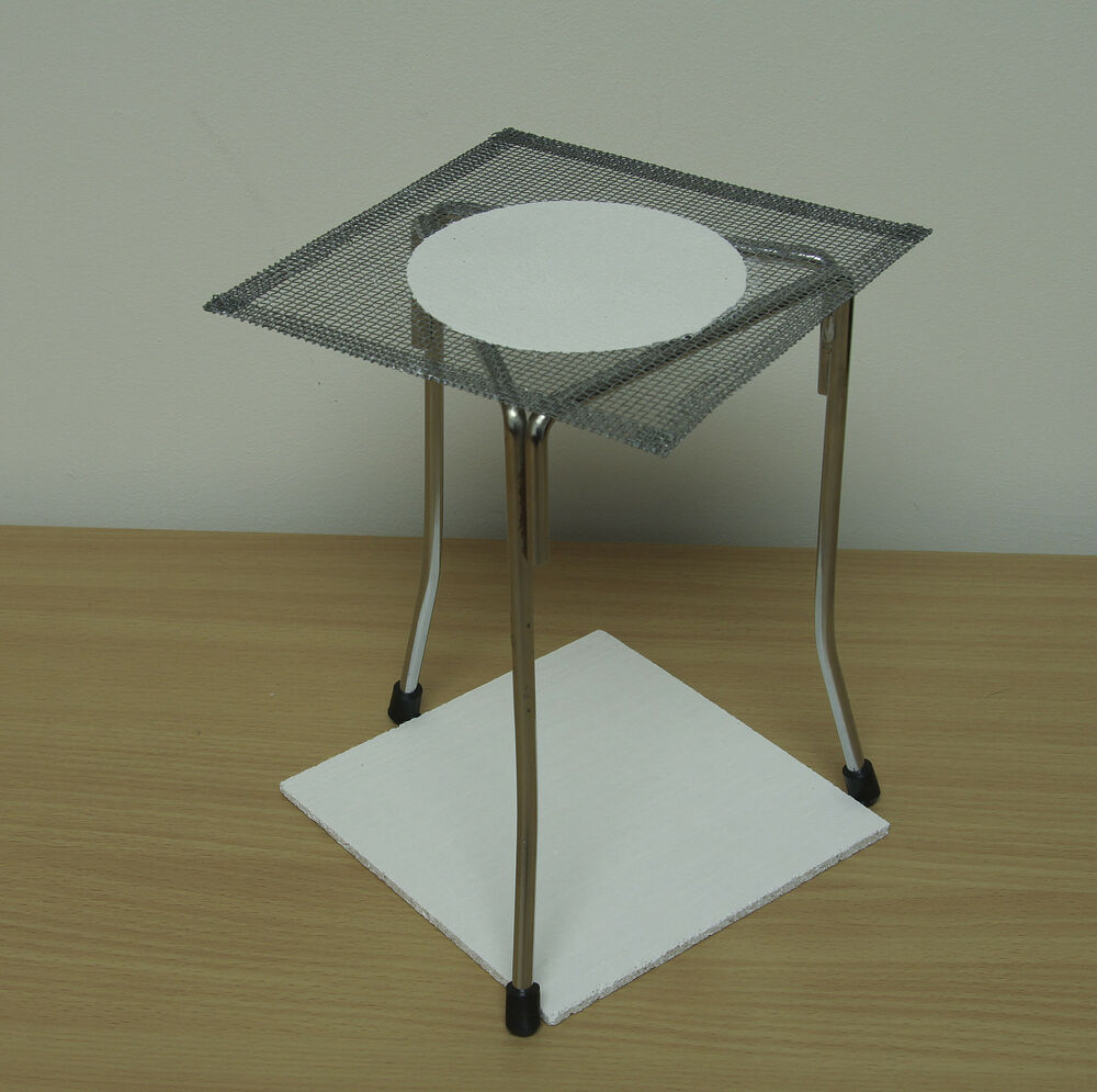 Bunsen Burner Tripod With Gauze And Heat Resisting Bench