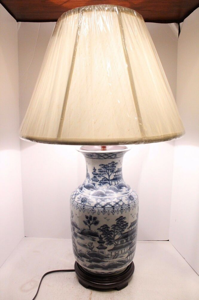 beautiful blue and white porcelain vase lamp table lamp blue willow 33. Black Bedroom Furniture Sets. Home Design Ideas