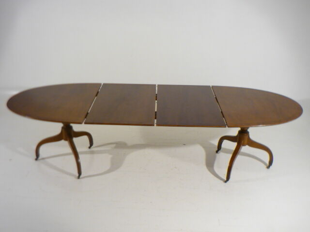 Vintage Sheraton Style Extension Dining Table 2 Leaves By