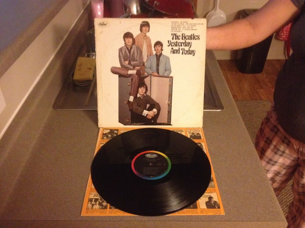 the beatles yesterday and today 2nd state lp 1966 butcher cover unpeeled ebay. Black Bedroom Furniture Sets. Home Design Ideas
