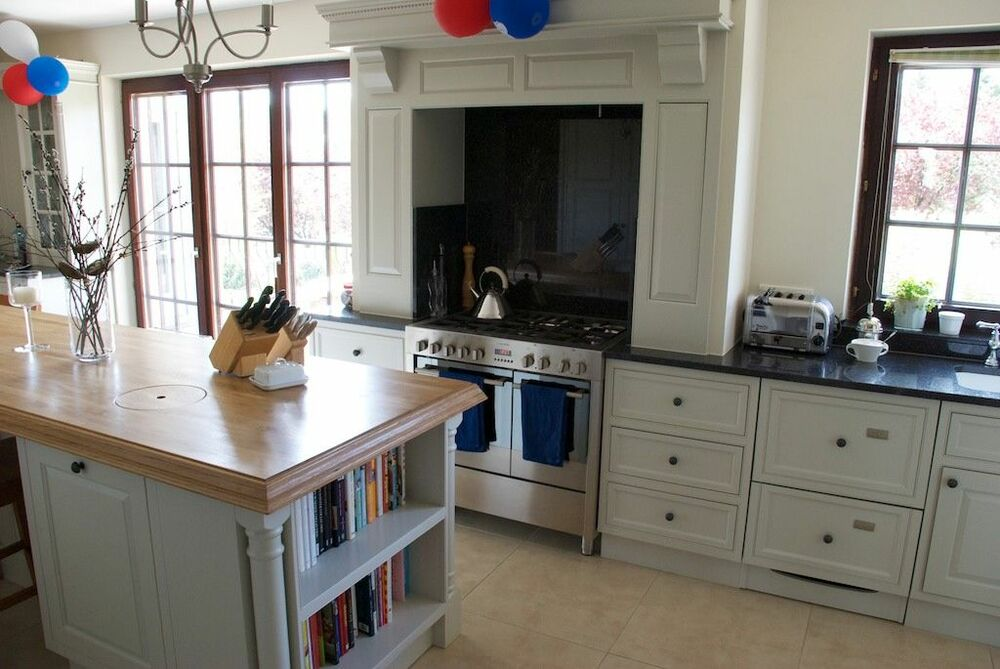Bespoke solid wood painted handmade kitchens ebay for Handmade kitchens