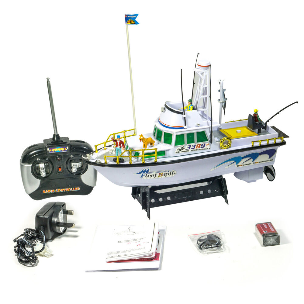 Twin propeller radio remote control deep sea fishing boat for Rc fishing boat
