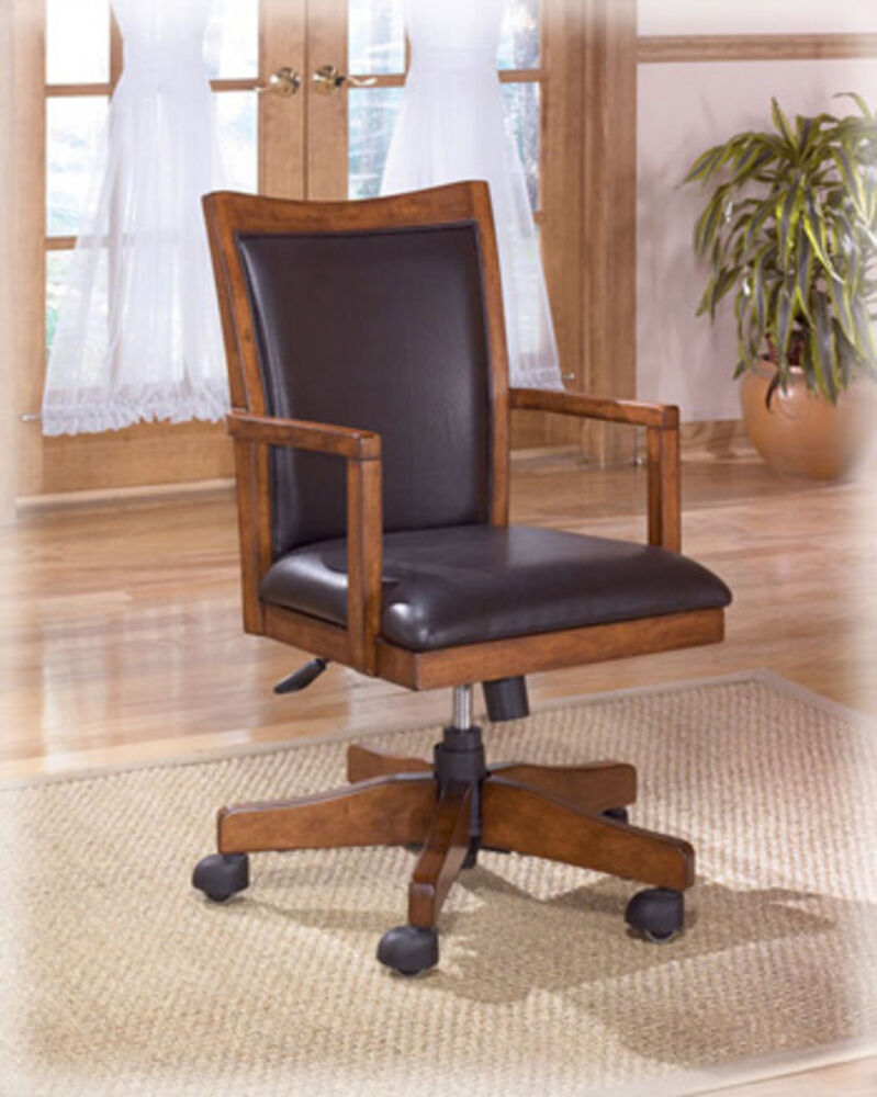 Ashley Furniture Home Office Swivel Desk Chair Cross