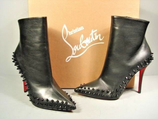Louboutin 37 Willetta Black Leather point toe spikes ankle boots booties  New  863d5aba2