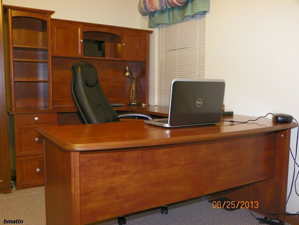 New u shaped office executive desk with hutch maple l shaped free delivery ebay - New office desk ...