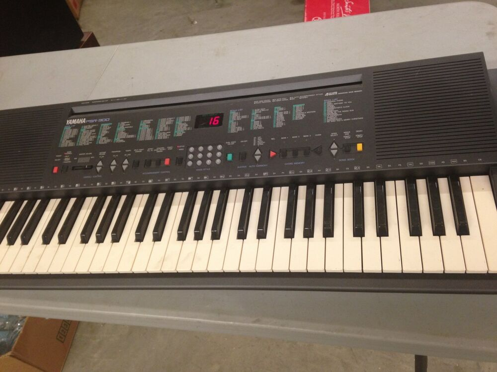 yamaha psr300 portable keyboard works perfectly free. Black Bedroom Furniture Sets. Home Design Ideas