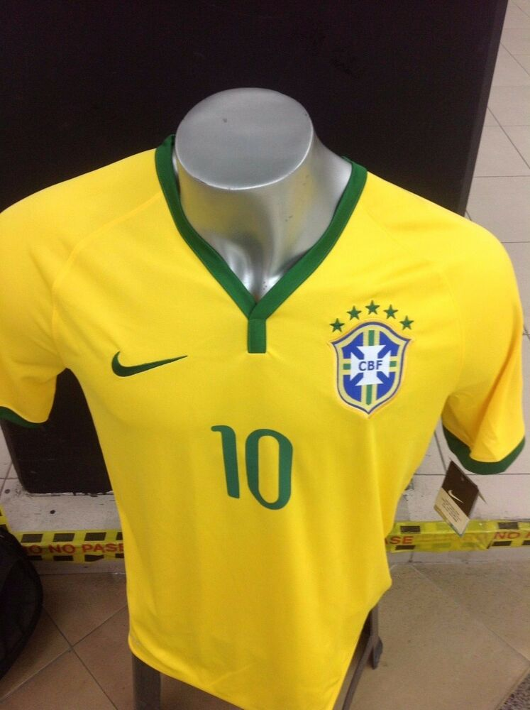 Brazil national football team 2014 kit