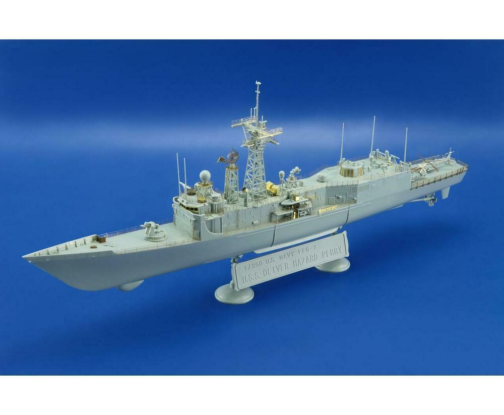 Eduard 53150 1/350 Ship- USS Oliver H Perry FFG7 Detail
